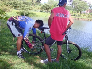pol and litoy fixing my rear tire