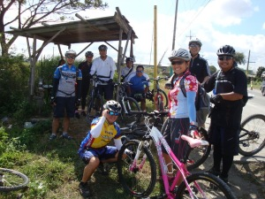 pitstop at the Tubuhan trail head