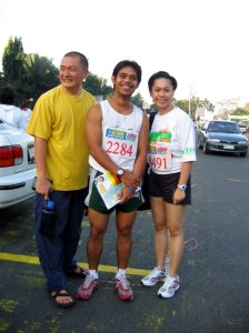 that's me in 2006 with my Gym PT - Chinggoy and another gym-mate