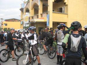 large turn-out at the Daang-Hari meet-up point