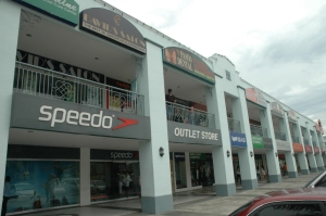 paseo outlet stores