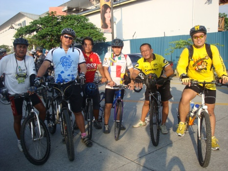 pol and bobby with team paco bikers