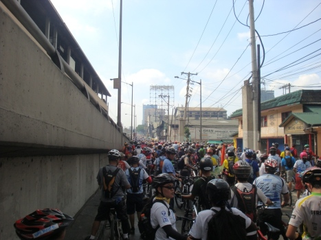 bikers filled-up a long stretch of EDSA