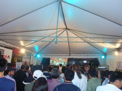 inisde the jampacked tent! oh, what a launch it is!