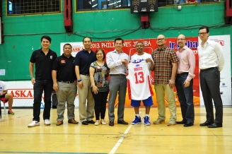 The Jr. NBA presented by Alaska Sponsors with Muggsy Bogues