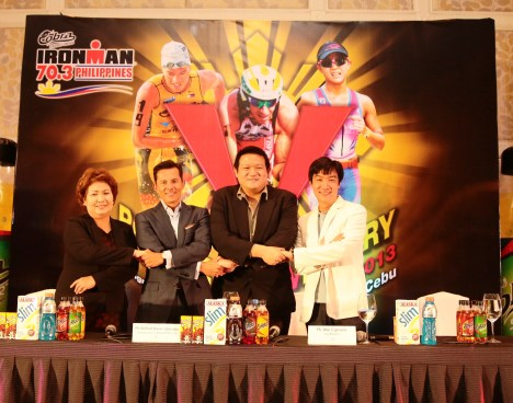 left to right: Lapu-Lapu City Mayor Paz Radaza, Mr. Wilfred Steven Uytengsu, Jr., Sunrise Events Inc. President and Alaska Milk Corp. CEO, Cobra Energy Drink AVP Mr. Abe Cipriano and Mr. Kenneth Cobonpue, world-renowned furniture maker who is a Cebuano