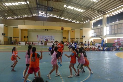 400 young girls and boys showcased their basketball skills during the Jr. NBA/Jr. WNBA presented by Alaska in Iloilo last Mar. 15 & 16.