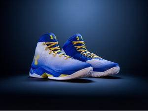 Curry 2.5 Pair Facebook