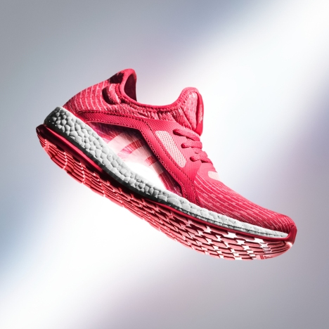 This new Ray Red colorway of the PureBOOST X colourway is now available in stores and will be featured on the feet of some of the world's greatest athletes this season.