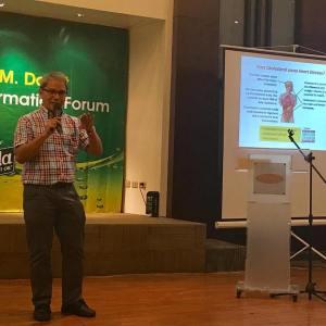 Dr. Fabian Dayrit, forum speaker